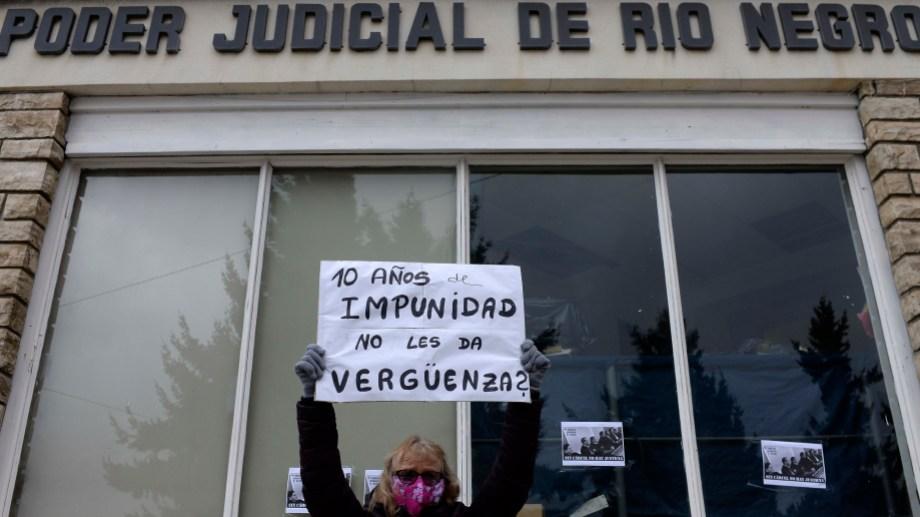Este 17 de junio se cumplieron 10 años de los asesinatos de Diego Bonefoi, Sergio Cárdenas y Nicolás Carrasco. Foto: Alfredo Leiva