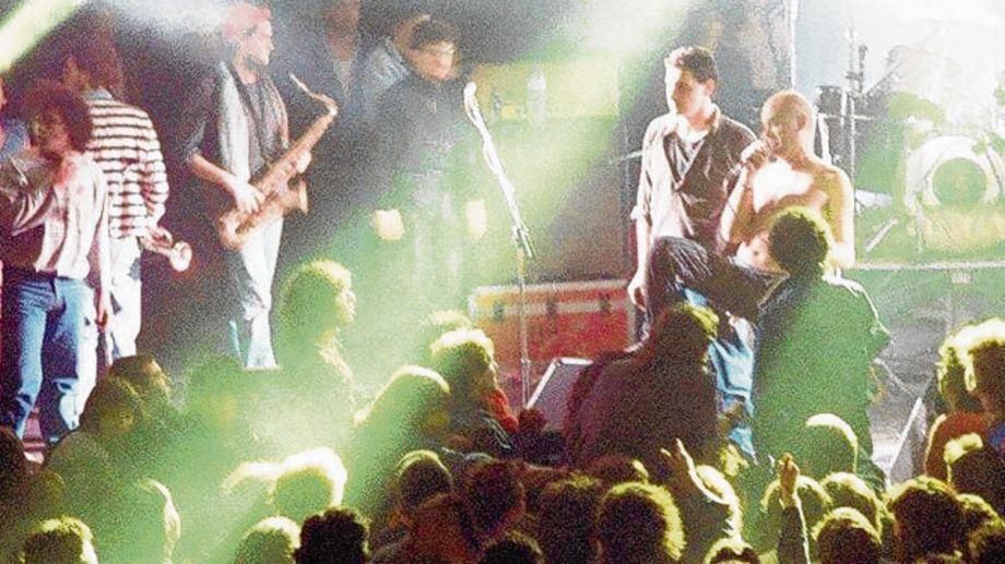 Sumo fue una de las bandas que pasó por el escenario de Cemento.