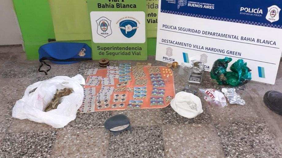 La droga que fue incautada en un control policial en Bahía Blanca. Foto Gentileza La Brújula.