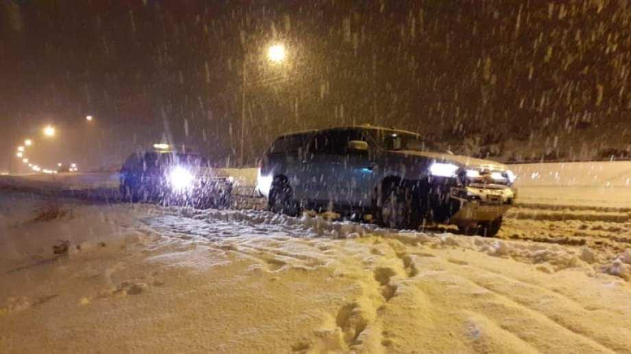 Solo se puede circular de 10 a 18 en las rutas de Neuquén por las condiciones climáticas. (Gentileza).-