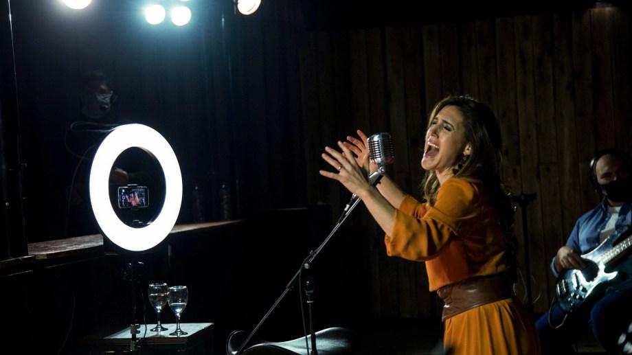 """Soledad Pastorutti ofreció un streaming con su trabajo """"Identidad""""."""