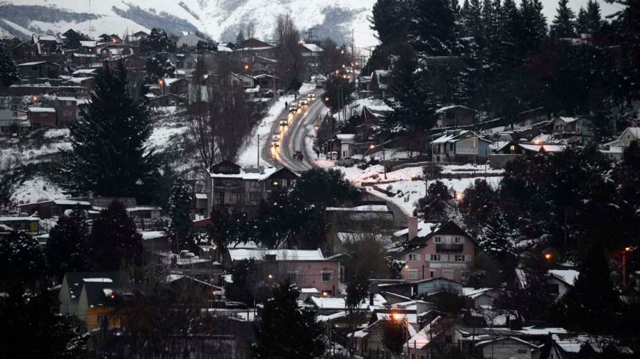 En la ciudad más poblada de la provincia quedan 42 personas internadas y aisladas. (Foto archivo)
