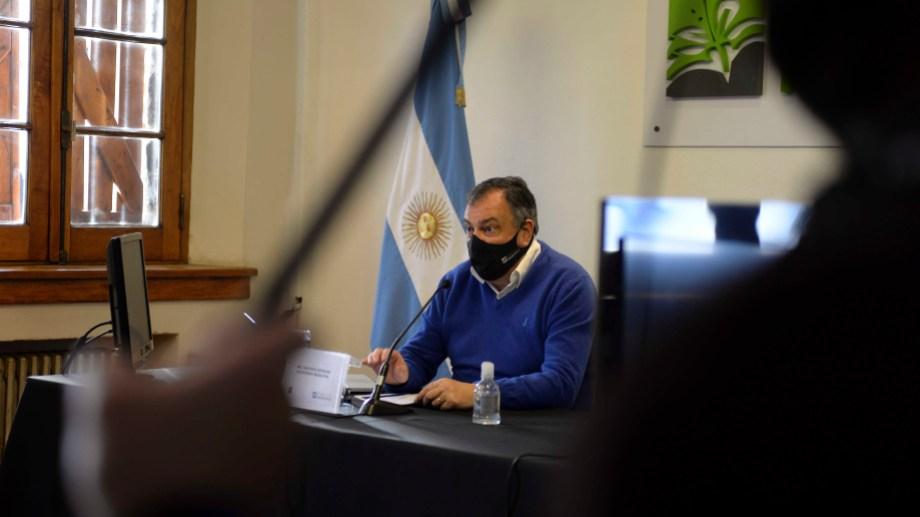 Desde el municipio informaron que el intendente Gustavo Gennuso no mantuvo contacto estrecho con el agente, que contrajo la enfermedad. (Foto Archivo)