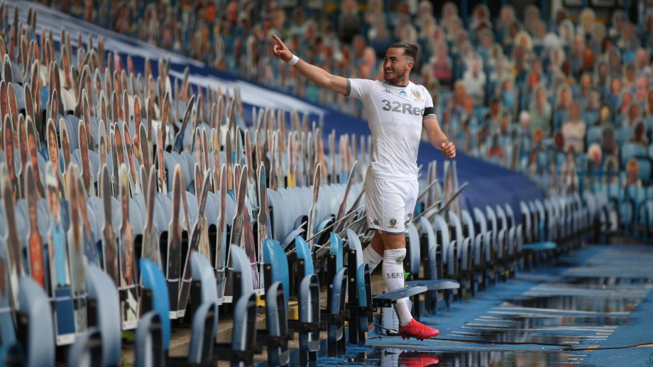 Leeds sacó una buena ventaja en la lucha por el ascenso.