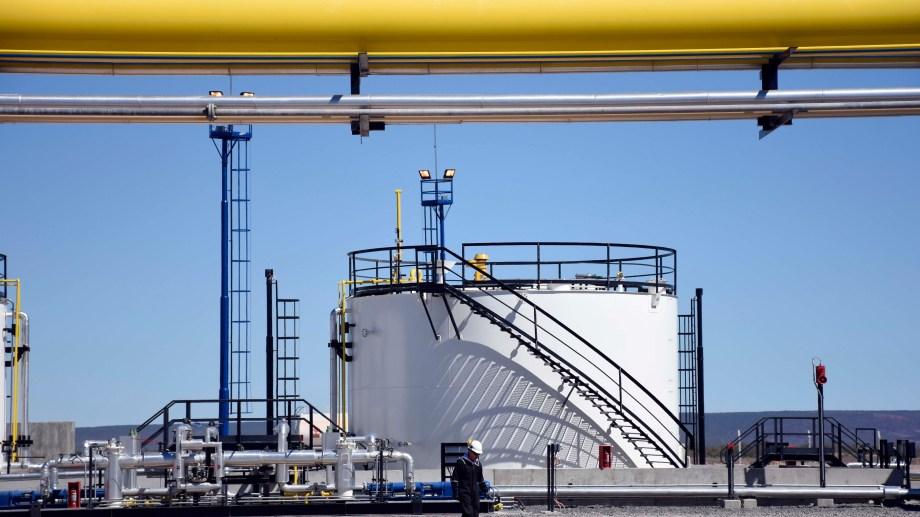 La menor actividad industrial del país hizo caer la demanda y afectó los niveles de producción del gas.