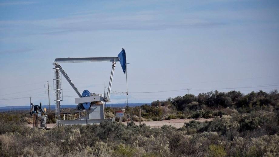 Hasta que se haga un nuevo acuerdo, las petroleras deberán seguir pagando los valores actuales que se fijaron el año pasado. (Foto: Florencia Salto)