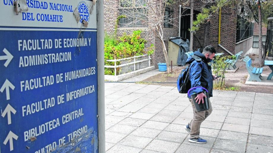 La Universidad del Comahue planteó un 2021 virtual. (Archivo Florencia Salto).-