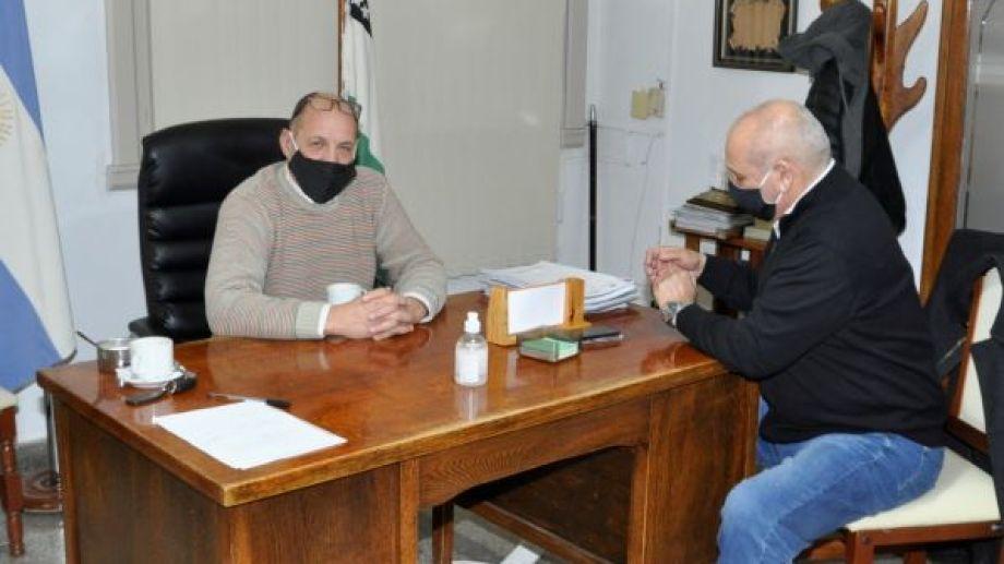 El ministro de Salud Fabián Zgaib se reunió esta mañana con el intendente Carlos Toro. (Foto: José Mellado)