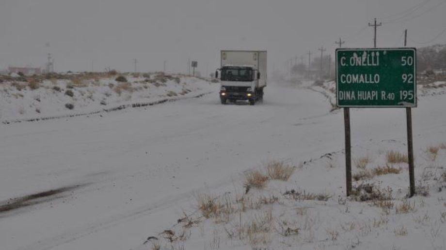 Las principales rutas de la región está cerradas al tránsito. (Foto: José Mellado)