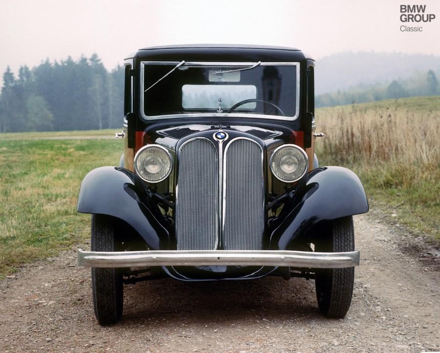 BMW 303, suavidad y potencia nacida en 1933