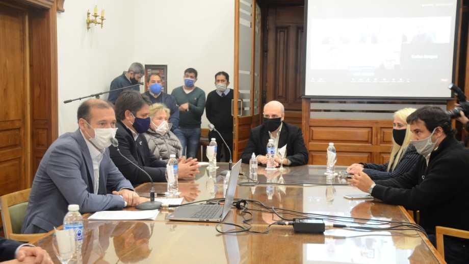 Gutiérrez realizó la segunda conferencia de prensa desde el inicio de la cuarentena para realizar varios anuncios. (Yamil Regules).-