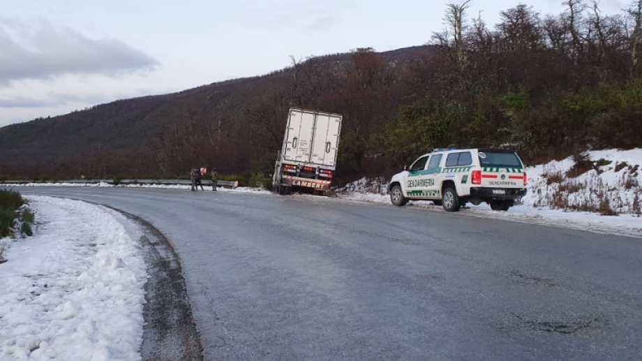 Hay hielo y nieve en la ruta 40, en las zonas altas cercanas a El Foyel y Cañadón de la Mosca. Archivo
