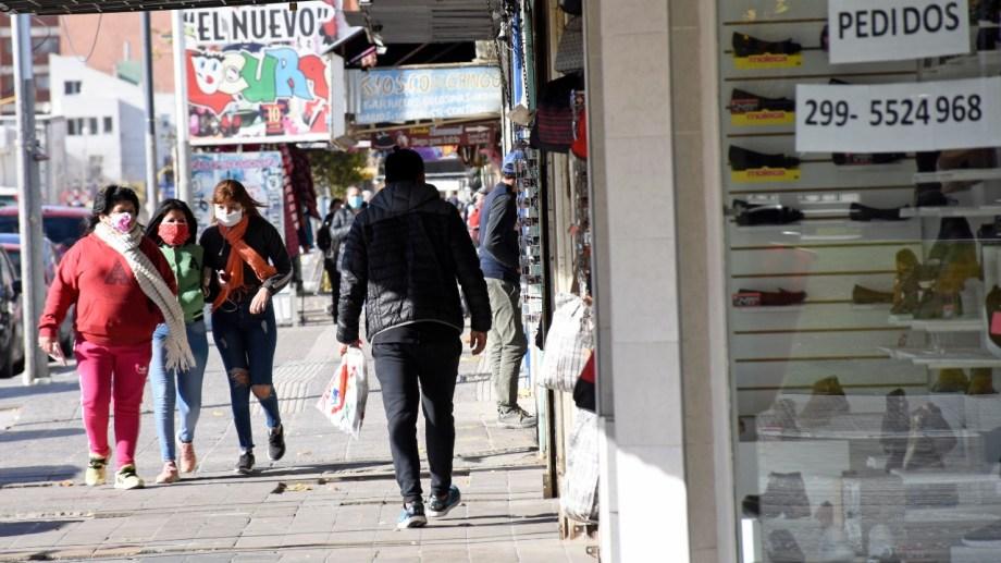 Un sector de comerciantes de Neuquén rechazan las restricciones. (Foto: archivo).