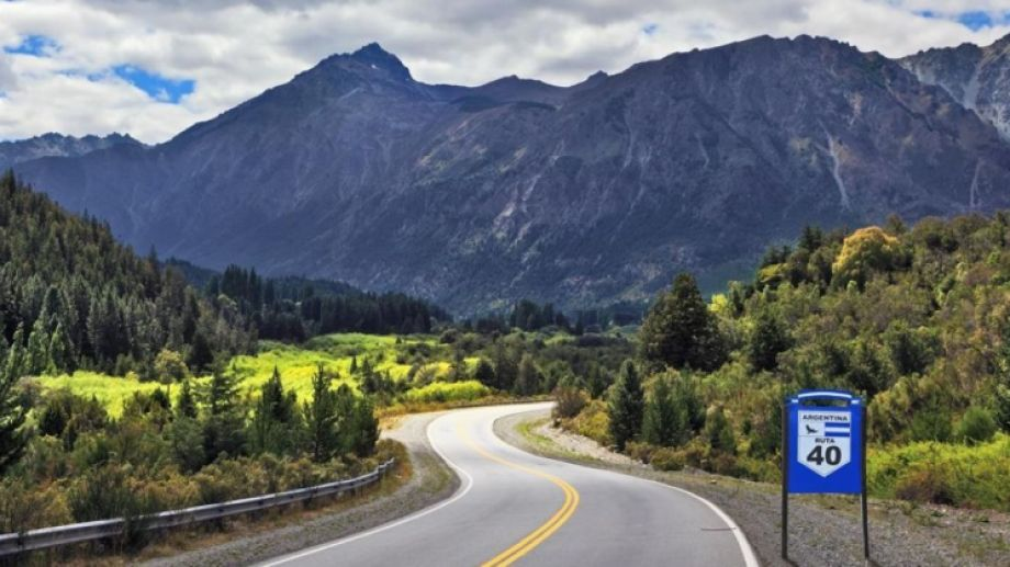 La Ruta 40 tiene una extensión de 2.896 km en la Patagonia
