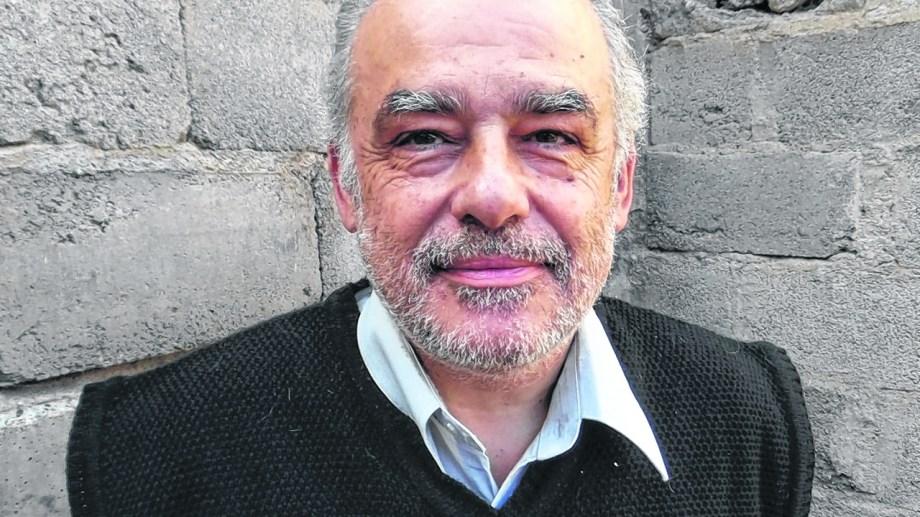 Alejandro Casañas, abogado, filósofo y escritor. Un mundo cerca de las letras.