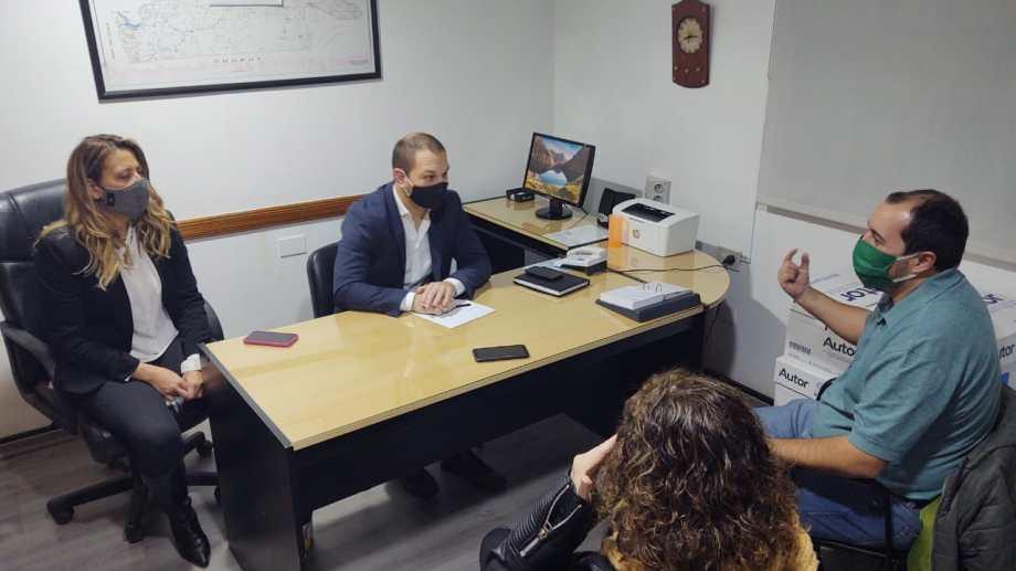 Dirigentes de ATE se reunieron con la nueva directora del organismo. Foto: gentileza.