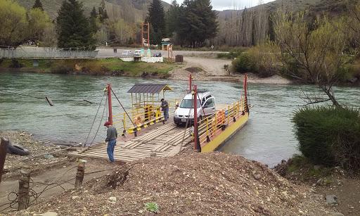Las restricciones entre Neuquén y Río Negro, llegan a la balsa de Llanquín
