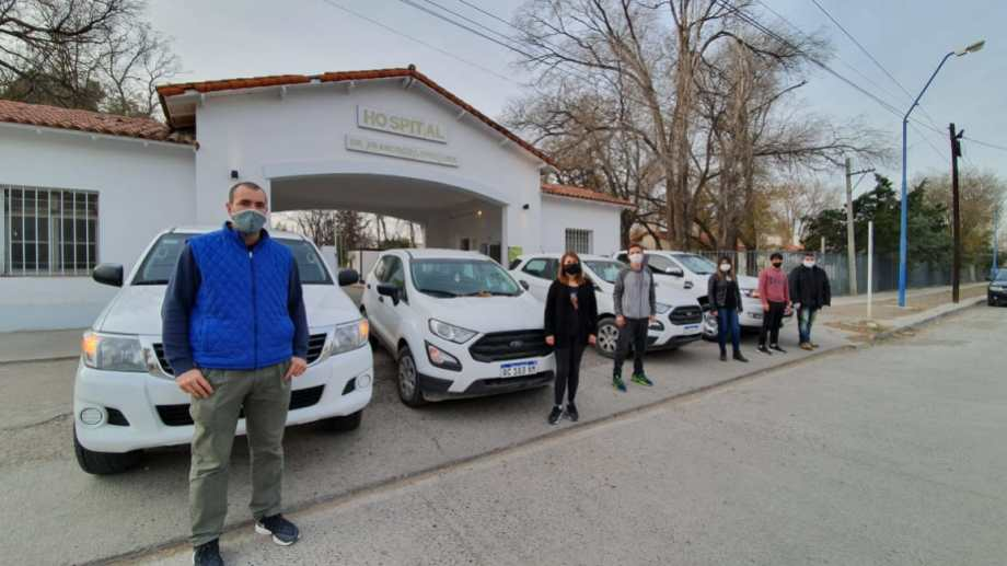 Ayer se reunieron autoridades del IUPA y de hospital, y se hizo efectiva la entrega del equipamiento. (foto: gentileza)