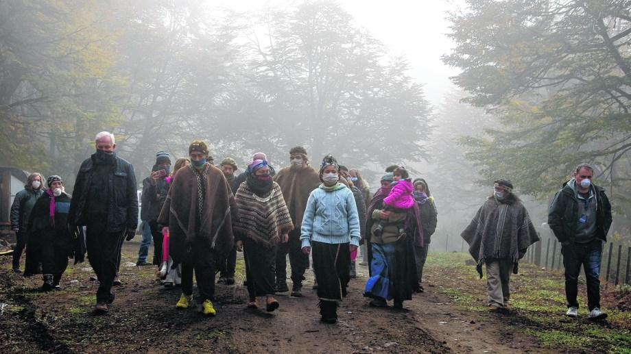 Desde 2017 que la comunidad Lafken Winkul Mapu ocupa parte del territorio de Parques Nacionales en Vila Mascardi. Foto: archivo