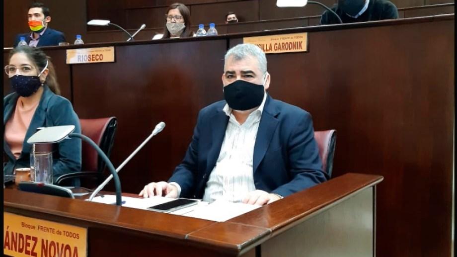 El legislador Sergio Fernández Novoa fue el miembro informante.