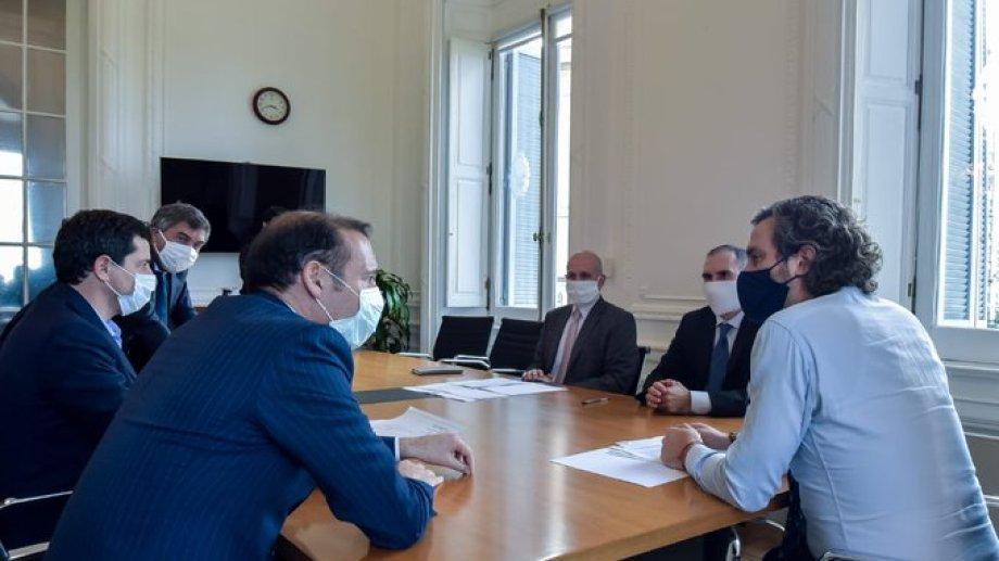 """El gobernador Gutiérrez estuvo reunido con los ministros Santiago Cafiero, Martín Guzmán y Eduardo """"Wado"""" De Pedro. Foto: Gentileza."""