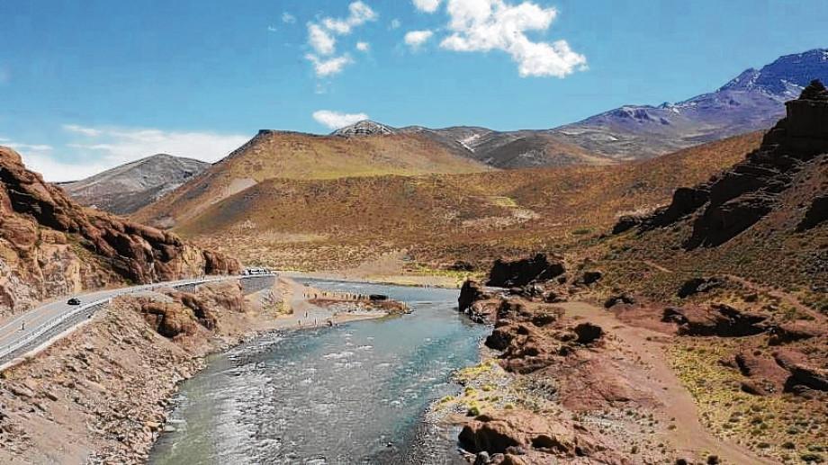 Para muchos analistas la obra de Portezuelo generará bajas hídricas críticas sobre el Colorado.