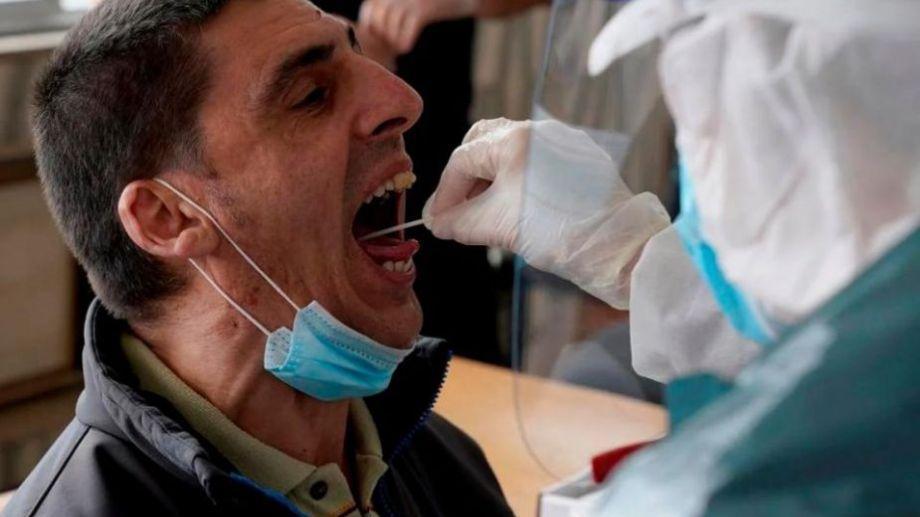 Procedimiento de hisopado para la detección del virus.-