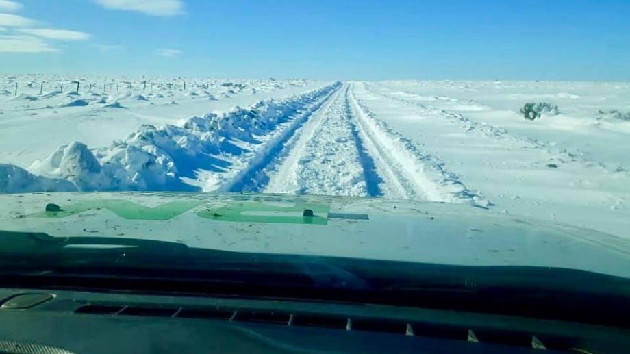 El horizonte blanco, así está la Línea Sur rionegrina, cubierta de nieve por estos días.