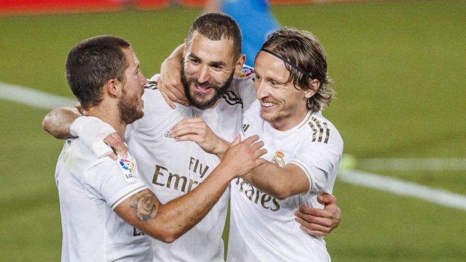 Benzema, Modric y Hazard, puntales del líder de la Liga, que hoy enfrenta al Villarreal.