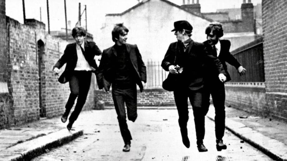 """Los Beatles regresaron a Inglaterra justo para la edición de """"A hard day's night"""", su tercer álbum."""