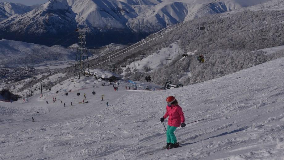 Los esquiadores de Bariloche y Dina Huapi ya pueden tramitar su pase para el invierno 2021. Archivo
