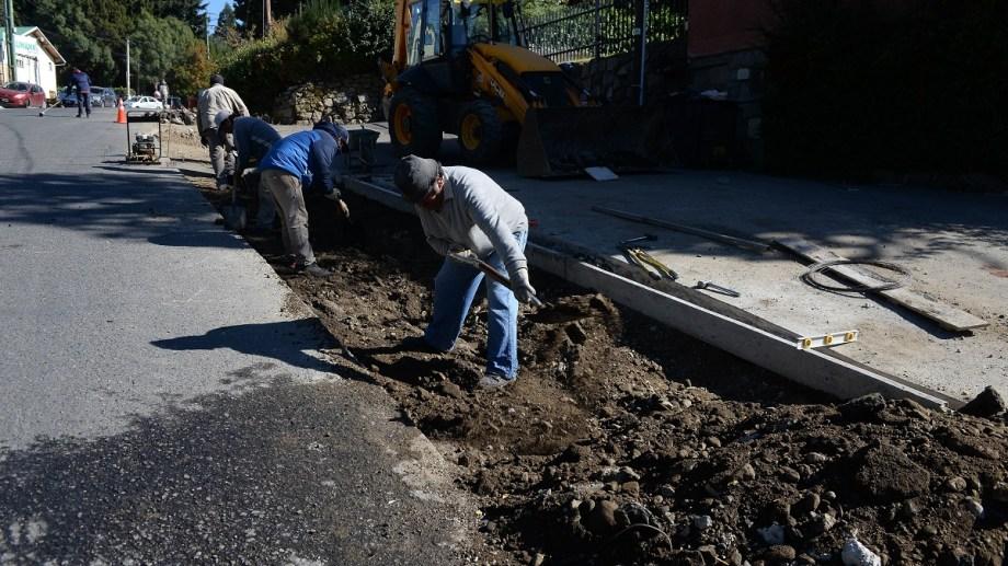 Un 30% del presupuesto destinado a obra pública en Bariloche, debe ser para cooperativas de trabajo. Archivo
