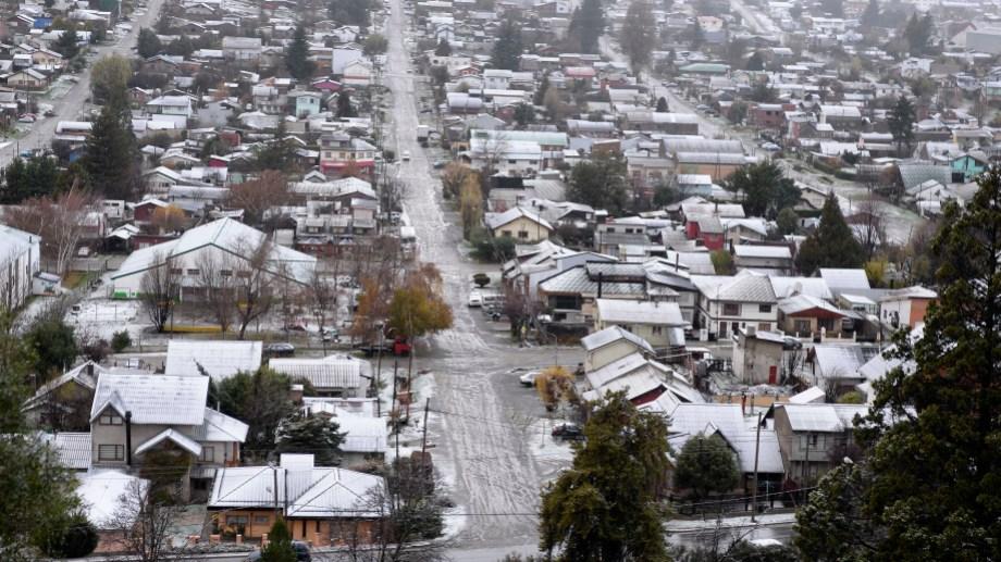 En Bariloche, 940 personas contrajeron la enfermedad de las cuales 466 se curaron y 18 murieron. (Foto Archivo)