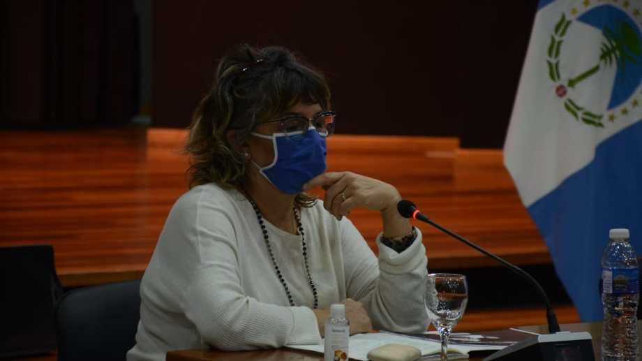La ministra de Educación de Neuquén  marcó que recibieron varias solicitudes para que se hagan los actos (Foto: archivo Yamil Regules).