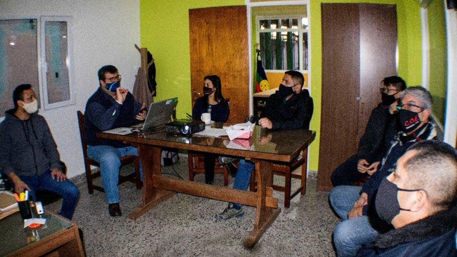 En Valcheta, los jefes comunales mantuvieron una reunión con el COE. (Foto: gentileza)