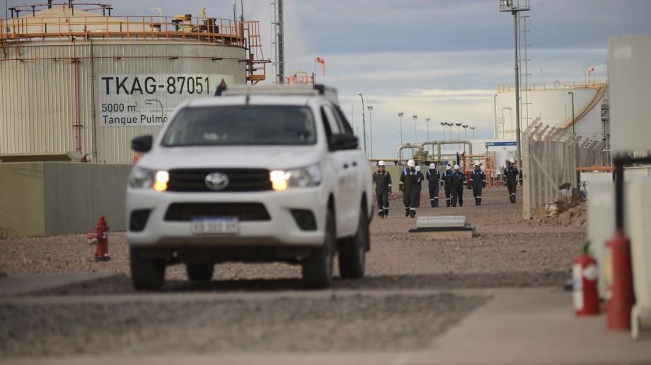 La petrolera ofrece importantes beneficios para quienes decidan voluntariamente acceder al plan de retiros. (Foto: Archivo)