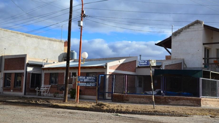 Siete adultos mayores de un hogar fueron hisopados en Regina. (Foto Néstor Salas)