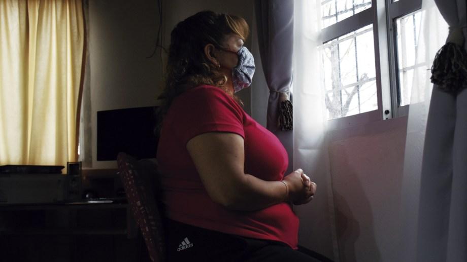 """""""Fueron días muy tristes, fueron traumáticos. Vi muy de cerca la muerte"""", relató Sandra. Foto: Florencia Salto"""