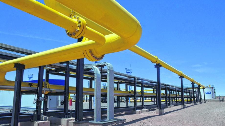 La caída de los precios del gas frenó las inversiones y llevó a la crisis actual.