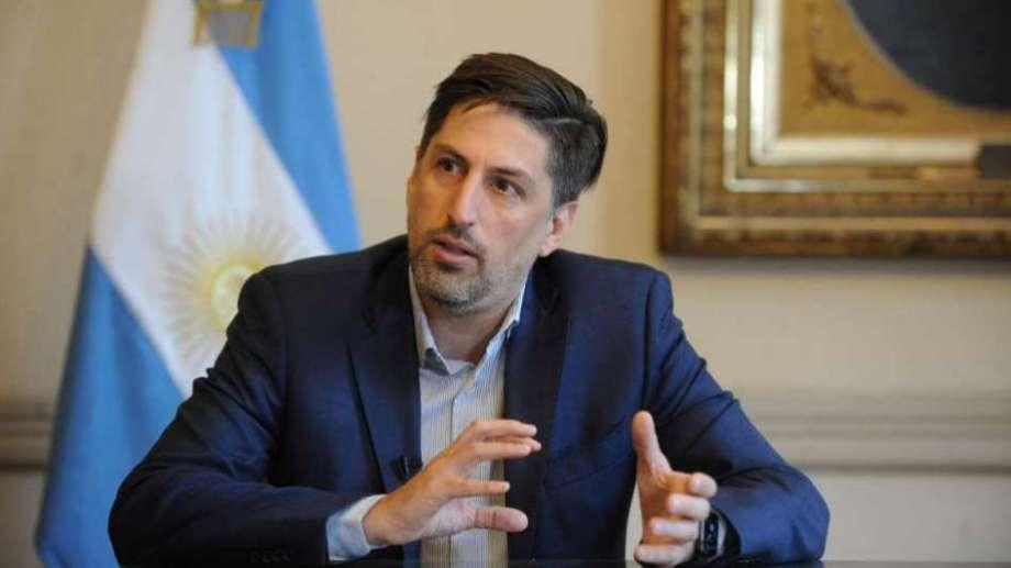 """El ministro de Educación Nicolás Trotta afirmó: """"No se van a cerrar las escuelas""""."""
