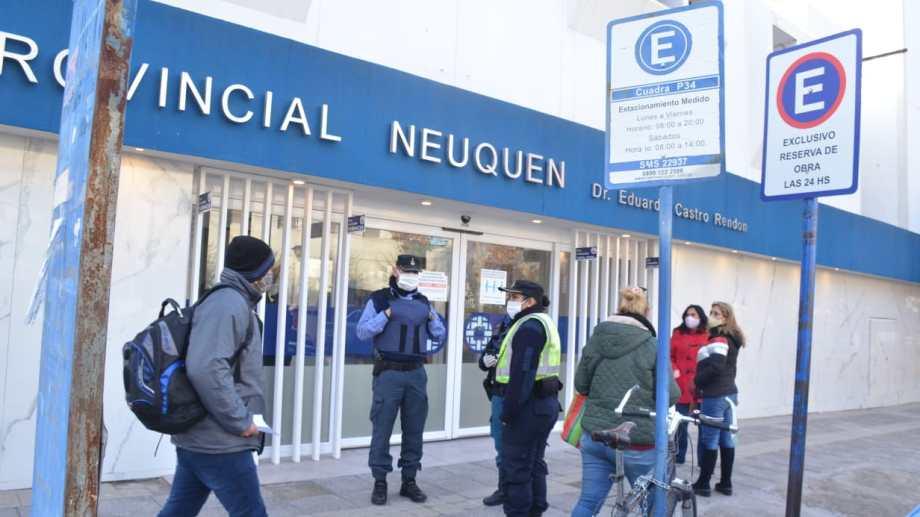 Los últimos casos registrados en trabajadores de la salud fueron en el Castro Rendón. Foto Yamil Regules.