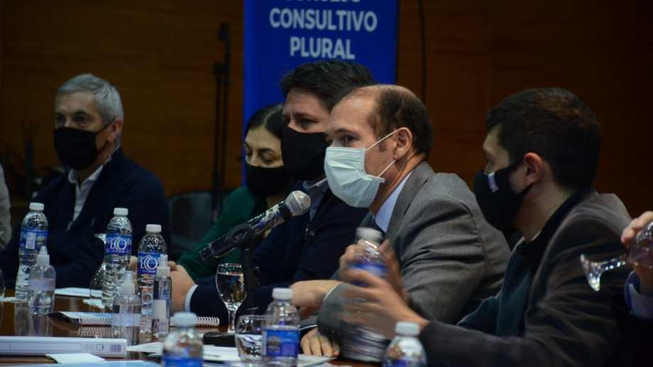 El gobernador le encomendó hacer el canje al ministro de Economía, Guillermo Pons. Foto: archivo Yamil Regules.