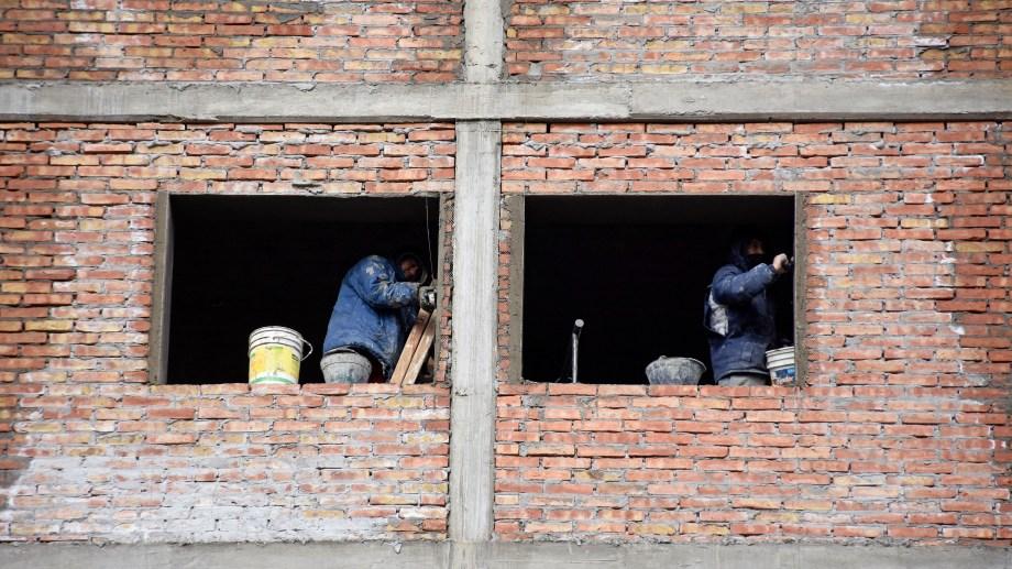 La construcción de edificios de más de tres pisos comenzó a reactivarse. (Florencia Salto)