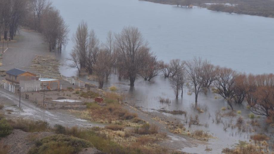 Es el segundo aumentó del caudal del Limay en el mes de julio. Foto: archivo Yamil Regules