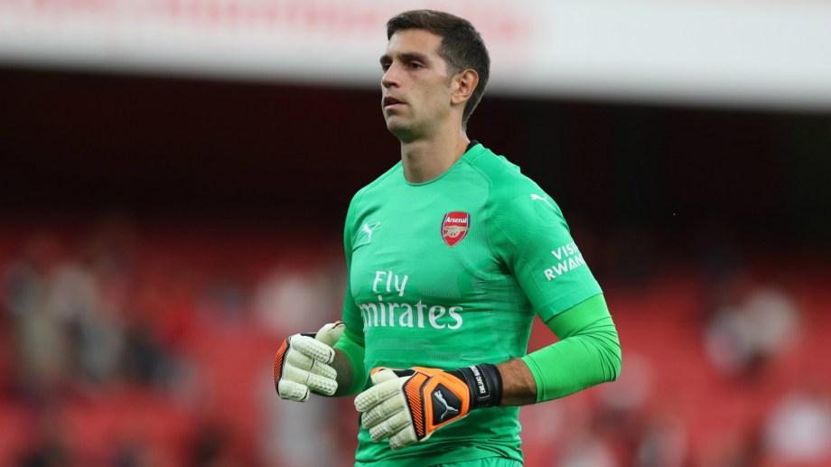 Emiliano Martínez, arquero del Arsenal que va por el título y un lugar en la Europa League.