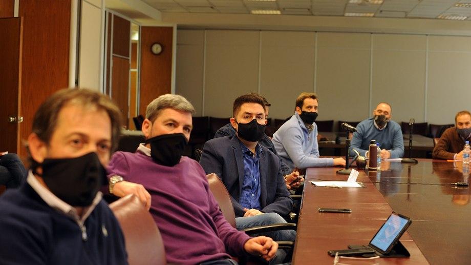 Los legisladores ocupan bancas aliadas al oficialismo. Foto: gentileza.
