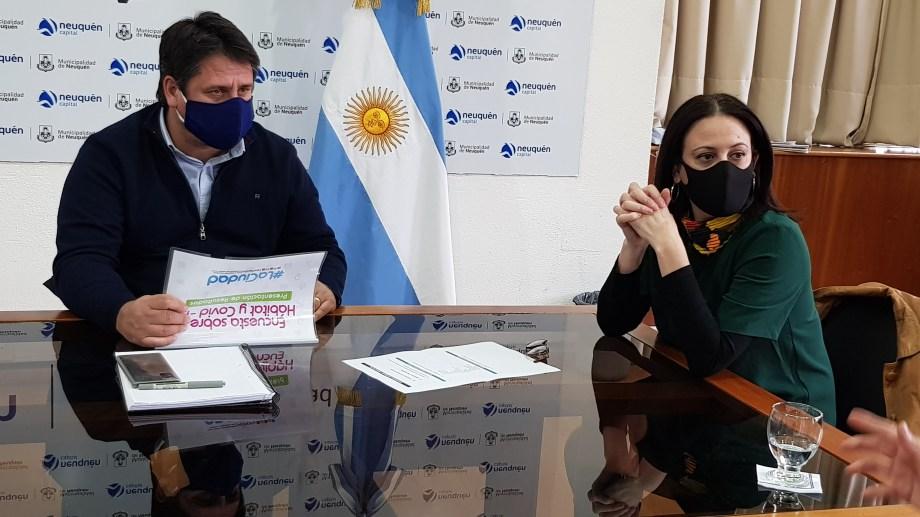 El intendente Mariano Gaido y Mercedes Lamarca. Foto: Gentileza
