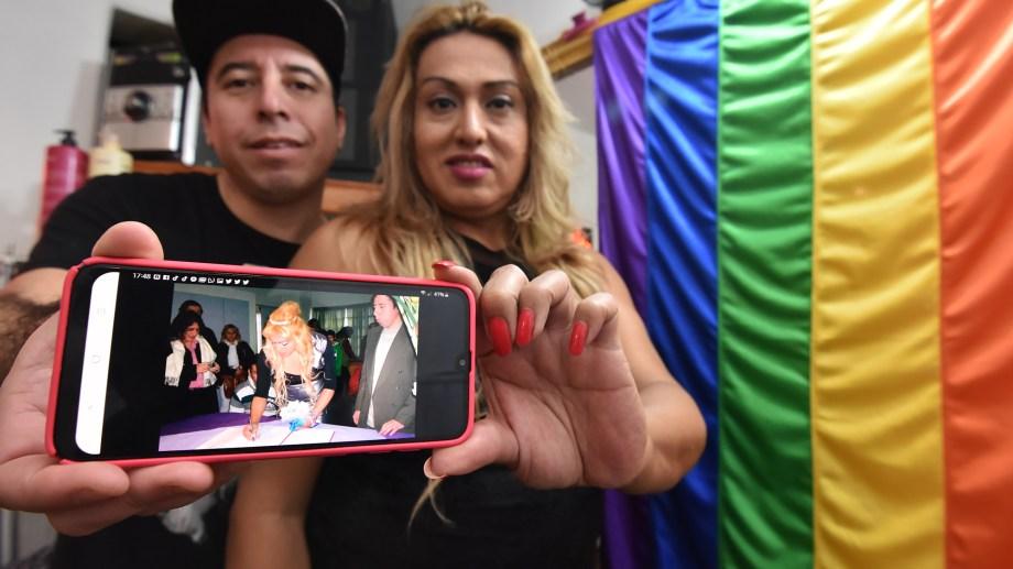 Marian Love y Rodrigo se casaron el 8 de agosto de 2011 en Cutral Co. Foto Fernando Ranni.