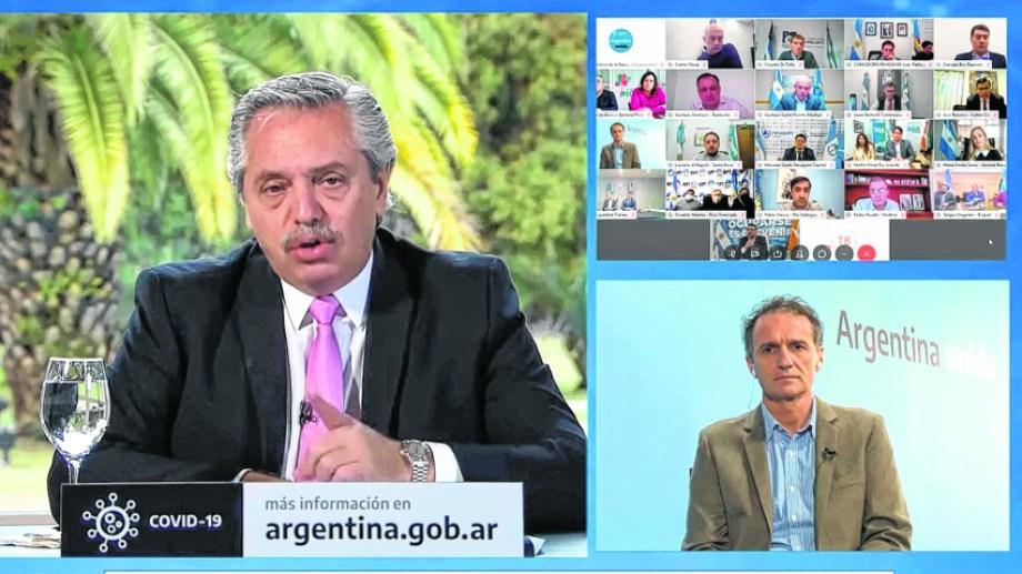 Argentina Hace | Fernández, el ministro Katopodis y los 19 intendentes.