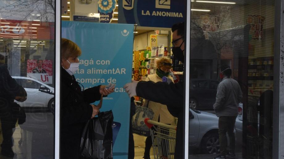 Para las compras en supermercados seguirá siendo necesario presentar el documento y que la terminación coincida con el día par o impar.